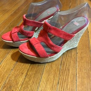 UGG Australia Tawnie Red Suede Sandals Shoes